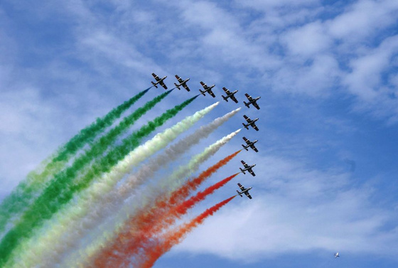 tourista: Repülőnap 2008 Kecskemét - olasz remekmű - Frecce Tricolori