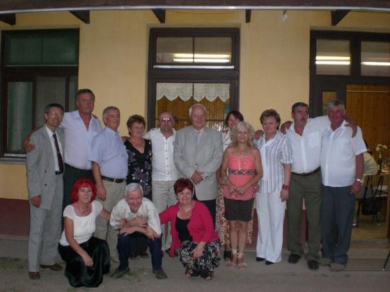 cserepfalu: 201109- 03 Osztály találkozo 022