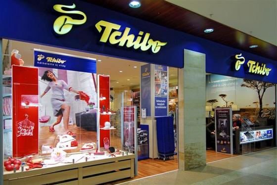 ca7eb0a3a2 Jógafelső a kávébárból. Milyen ruhákat árul a Tchibo? - Budapest Butik