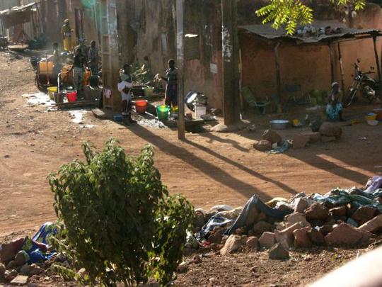 geszter: Bamako külvárosa