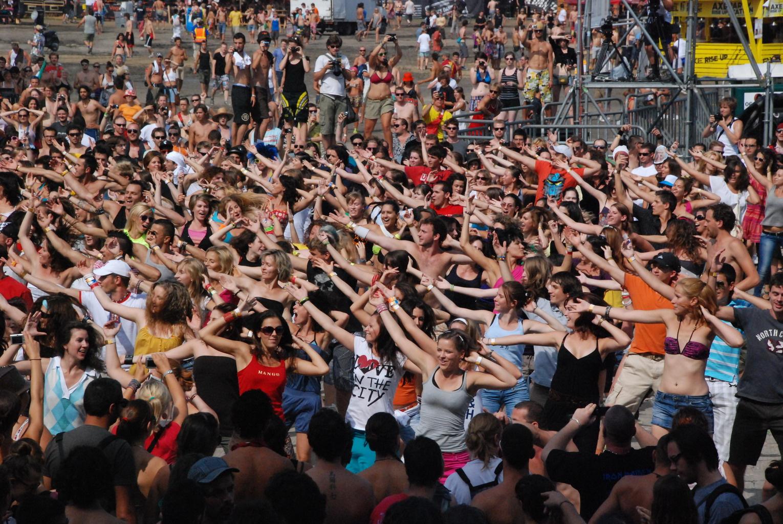 """cstom: Vodafone """"flashmob"""""""