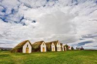 fenyob: 1000 éves házak