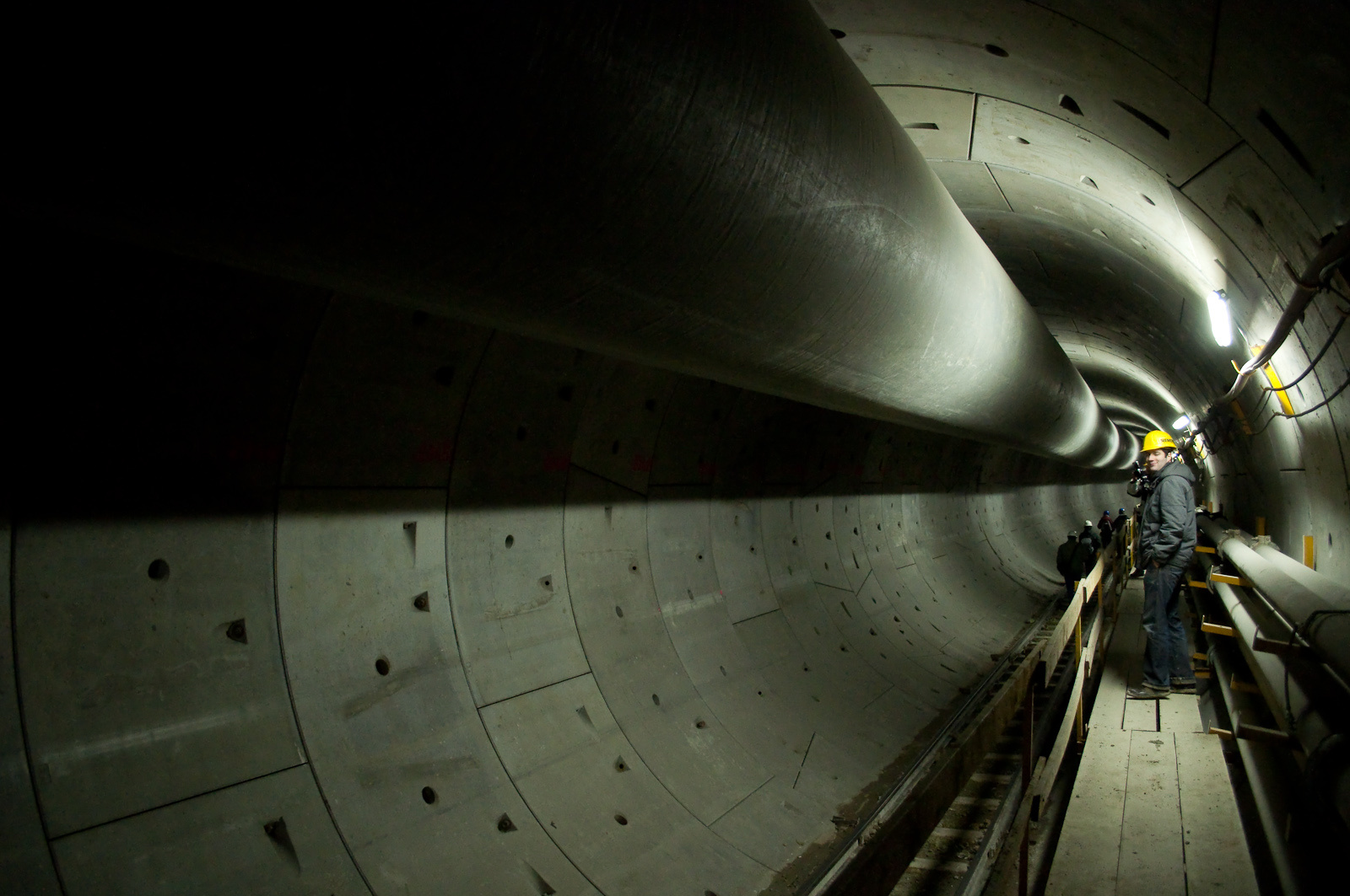 Tovább az alagútban