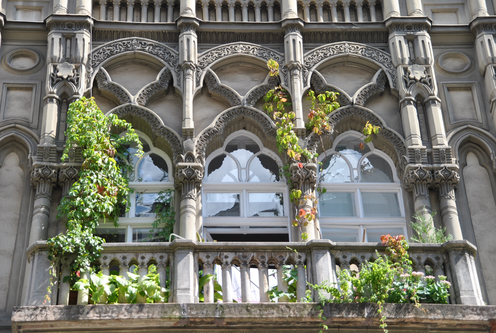 Sas utcai erkély